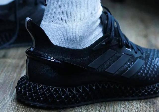 阿迪达斯发布新款3D打印跑步运动鞋4D Run 1.0 售价1699插图6