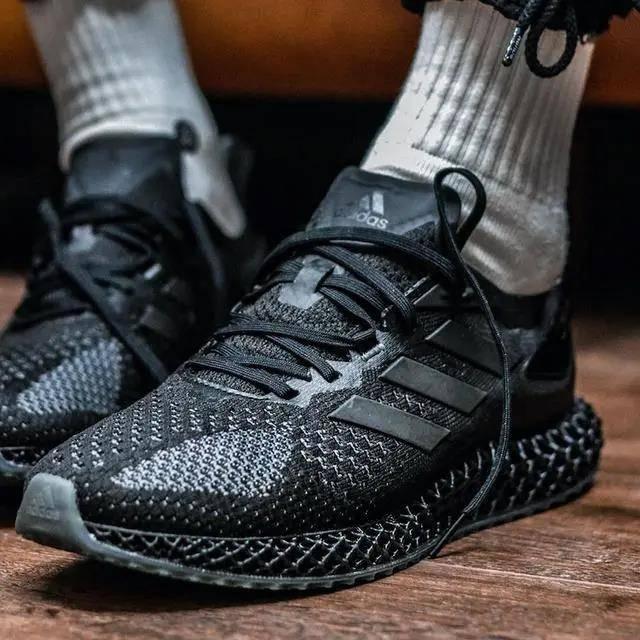 阿迪达斯发布新款3D打印跑步运动鞋4D Run 1.0 售价1699插图4