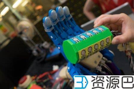 莱斯大学学生开发出可测试3D打印假手的装置插图3