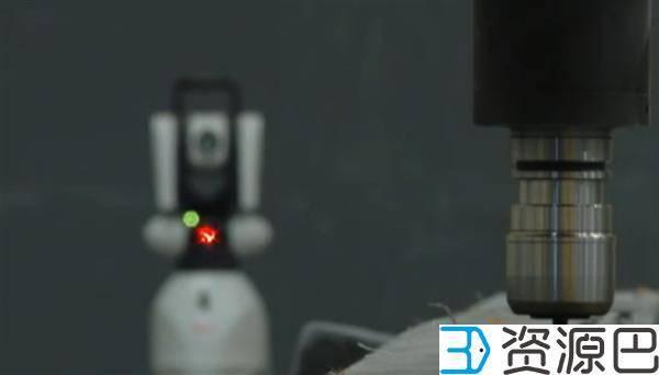 西班牙高精度巨型工业机器人可转化为3D打印机插图1