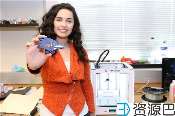 重新设计的步行玩具从3D打印机里出来就能走插图3
