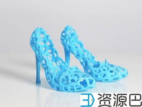 1598925672-3987765b4d75c4b.jpg-插件-海洋垃圾被阿迪达斯用作于3D打印环保运动鞋