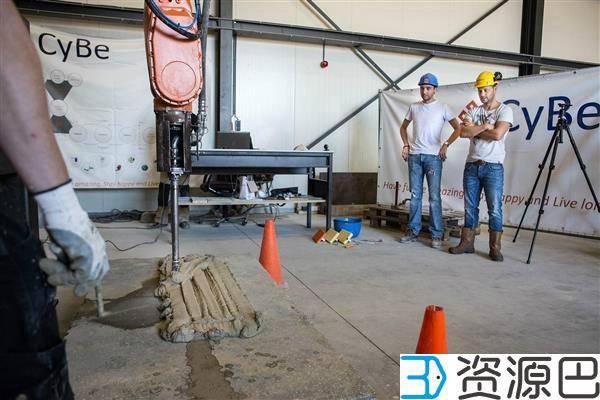 1600221668-23937f59225761a.jpg-插件-以水泥做耗材,真正的3D打印建筑!