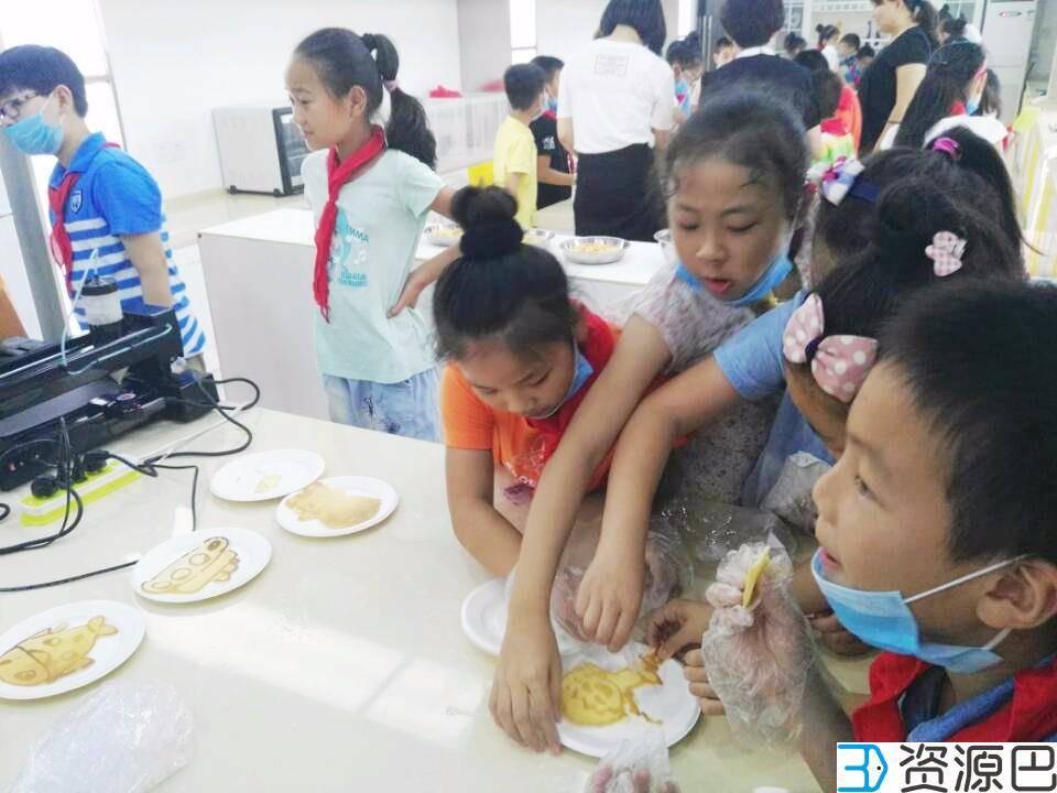 """网云三维3D煎饼打印机亮相""""武汉创客教育直通车""""插图7"""