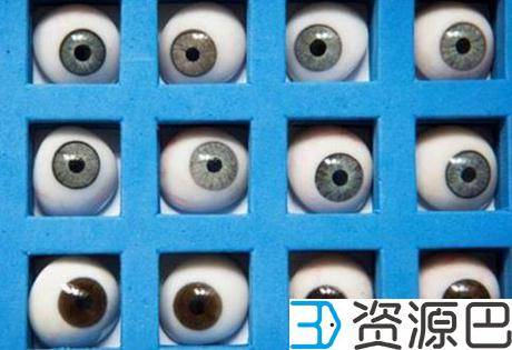 比利时眼科专家为一患者打造出世界上第一个3D打印义眼插图1